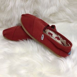 Red Tom slip on Canvas shoes 7.5